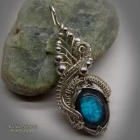 Серебряный кулон  с голубым лабрадором