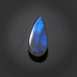 Кабошон из лунного камня - Rainbow Moonstone pear cabochon
