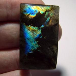 Кабошон из спектролита  42*25*5 mm,  вес 75,2 ct