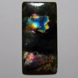 Спектолит кабошон 38*19*5 mm,  вес 45,2 ct