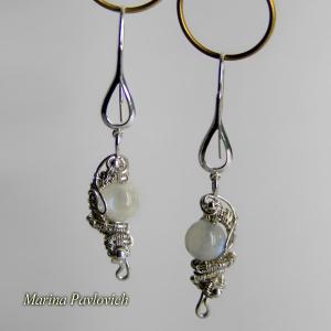 Серьги из серебра с лунным камнем